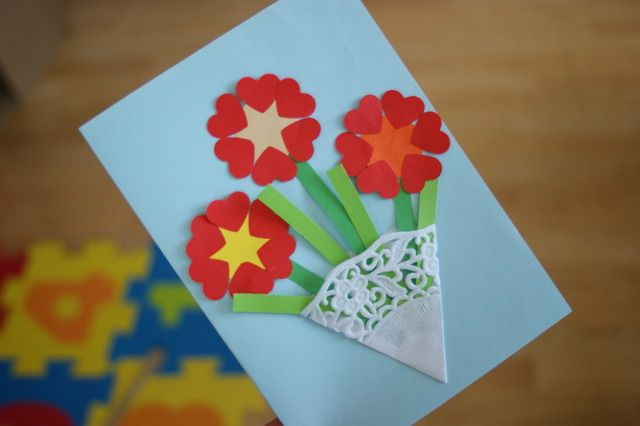 Laurka Na Dzien Mamy Dzien Mamy I Taty Prace Plastyczne Edukacyjne Mothers Day Crafts Crafts For Kids Crafts