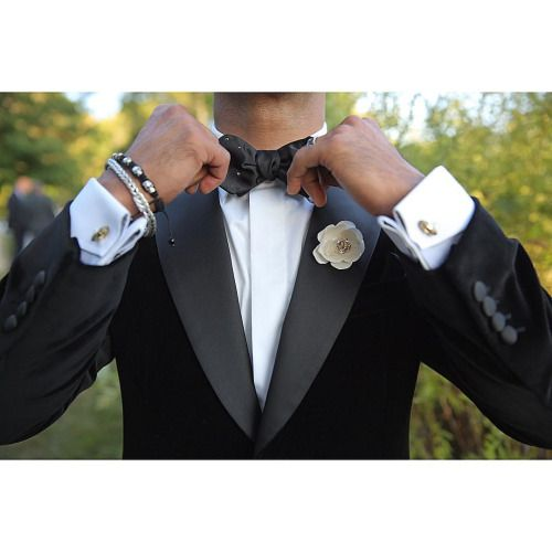 """jsphe: """"If weren't for the accessories then all we are is a suit and tie. #JSphe #SP #mensaccessories #fashions #fade #style #eternal #confidence #gentlemen #classic """""""