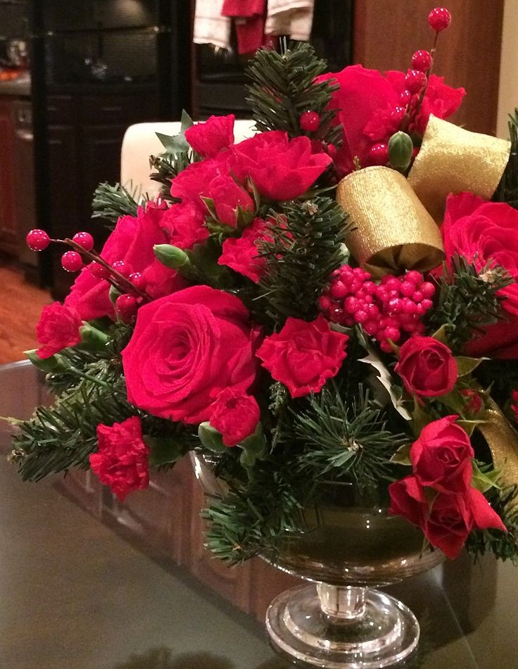 Decorate Your Home For The Holidays Fresh By Ftd Find This Pin And More On Beautiful Flower Bouquets