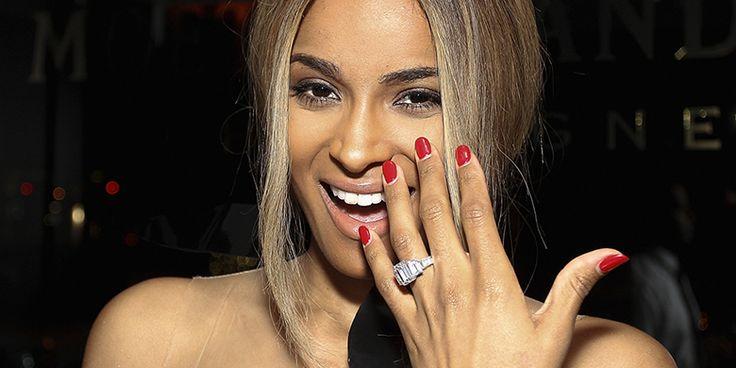 Anel de noivado da cantora Ciara, avaliado em 500 mil dólares (Créditos: Bob Levey / Getty Images)