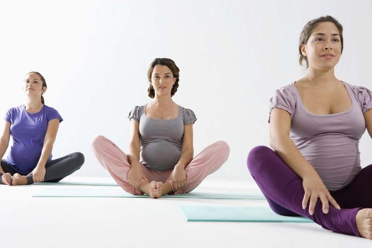 Ejercicios durante el primer trimestre del embarazo. Mantener un régimen de ejercicio regular durante el embarazo ofrece numerosos beneficios a la salud para ti y tu bebé. El ejercicio puede levantar tu estado de ánimo, mejorar la calidad de sueño, reduce los dolores y malestares, prepara tu cuerpo ...