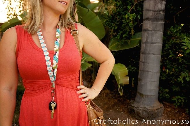 Never lose your keys again this summer with this fun key lanyard tutorial! A simple sewing tutorial to make a cute new accessory!
