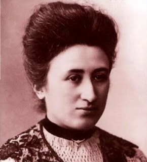 30 frases de mujeres revolucionarias y rebeldes