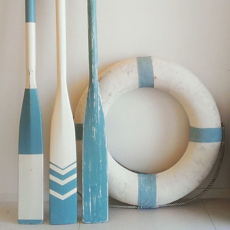 Coastal Vintage: Sea Blue Paddles & Oars