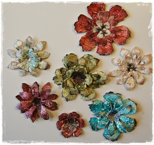 Gesso + die cut flowers from the @Tim Holtz Tattered Florals die.