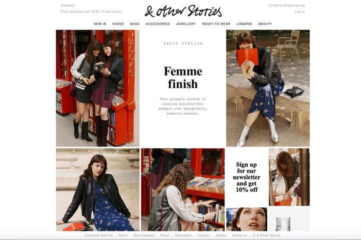 """Natürlich gibt es bei stories.com auch tolle Mode und Schuhe zu kaufen – gerade auf der Suche nach kuscheligen (Kaschmir-)Pullovern und Sneakers lohnt sich ein Blick in den Onlineshop. Besonders beliebt ist die Seite bei uns aber auch für ihren Schmuck und die große Auswahl an Beauty-Produkten. Psst: Im Bereich """"Beauty"""" kann man sich über den Button """"Free Samples"""" kostenlose Pröbchen zu seiner Bestellung dazu legen lassen."""