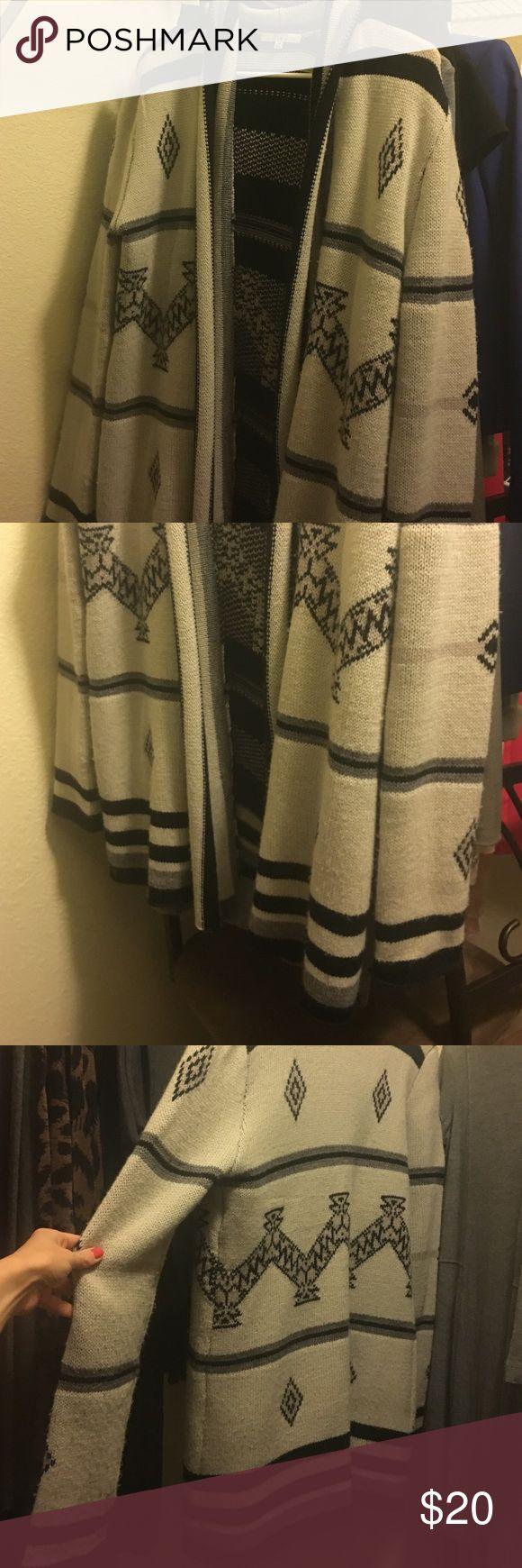 BB Dakota cardigan Tribal cardigan, lightly worn BB Dakota Sweaters Cardigans