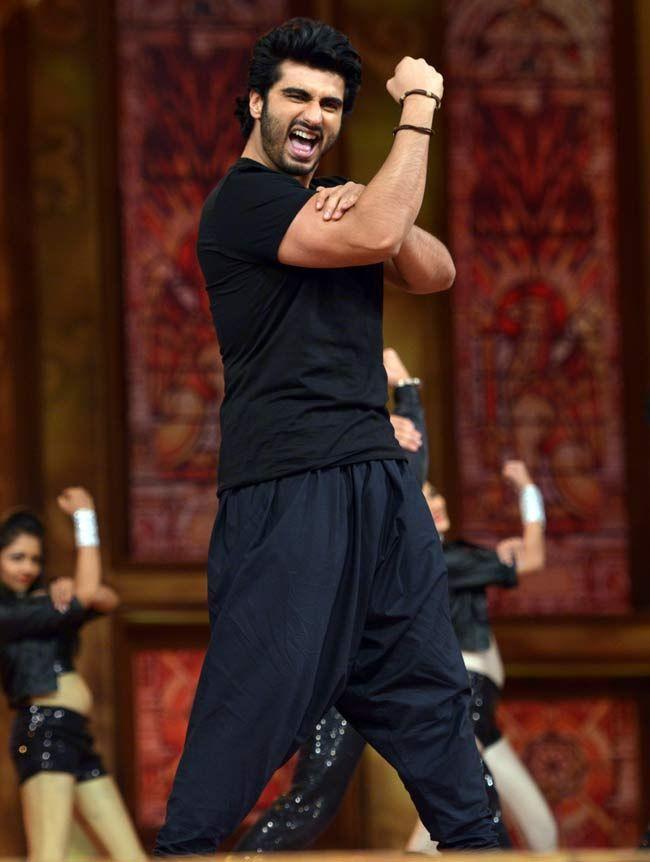 Arjun Kapoor at the Umang Mumbai Police Show 2015. #Bollywood #Fashion #Style #Handsome
