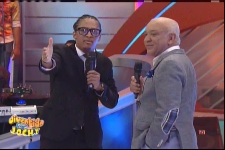 Jochy Santos Presenta Los Profesionales Las Encuestas Políticas #Video