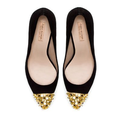 Court Shoe with Studded Cap