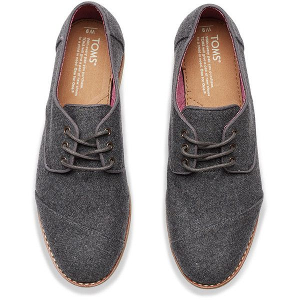 TOMS Grey Wool Women's Brogues (1,095 MXN) ❤ liked on Polyvore featuring shoes, oxfords, lace up shoes, wingtip shoes, oxford brogues, grey oxford shoes and lace up oxfords