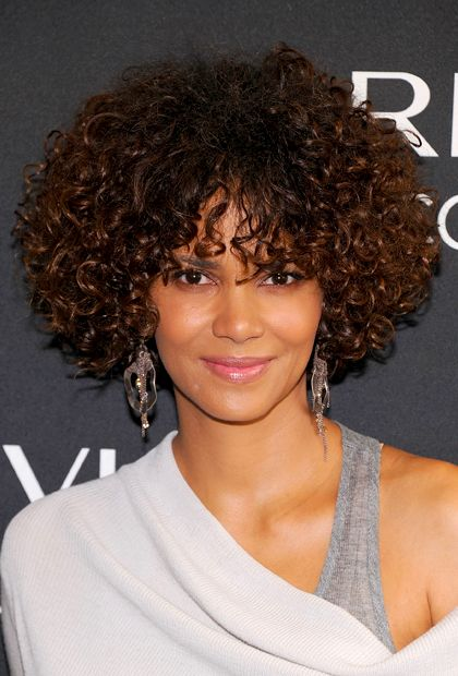 Curly hairstyles, Natural Hairstyles, natural hair, Halle Berry, Celebrity hairstyles