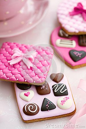 Chocolate box cookies in pink