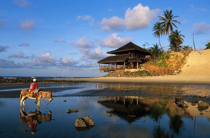 Praia de Genipabu - Natal, Rio Grande do Norte - BRASIL                                                                                                                                                                                 Mais