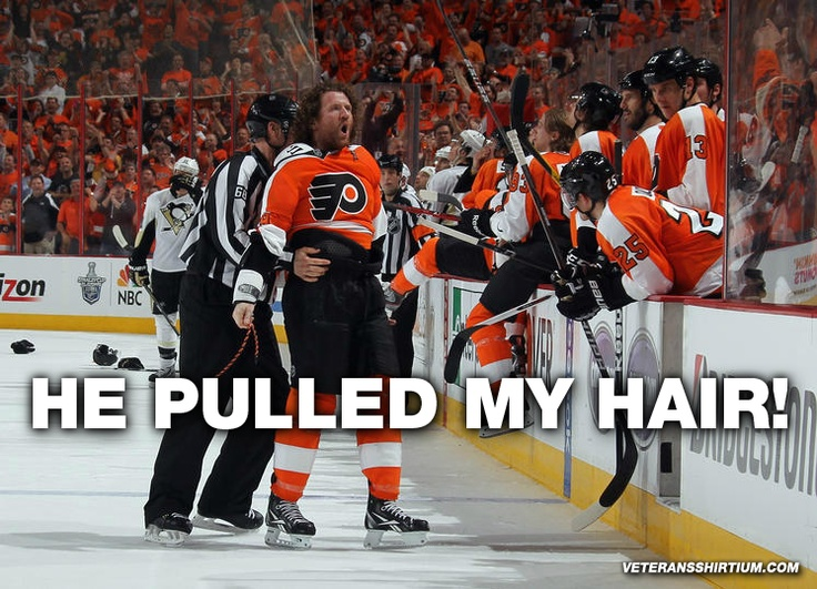 Only ladies pull hair. #Flyers    For more Philly support, check http://VeteransShirtium.com !