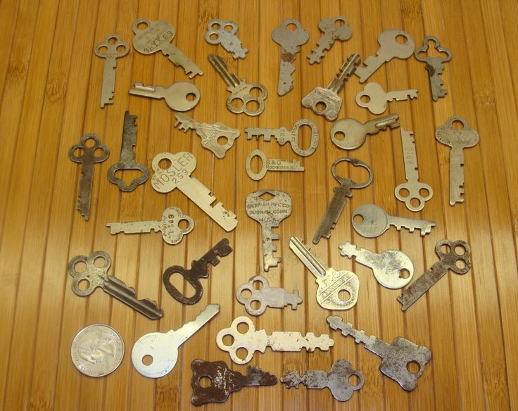 Antique key lot-old key lot-vintage skeleton key lot-small key lot-old lock  keys-trunk keys- furniture keys-chest keys-old key group-35 keys - 33 Best Old Locks Antique Keys Images On Pinterest Locks, Rust