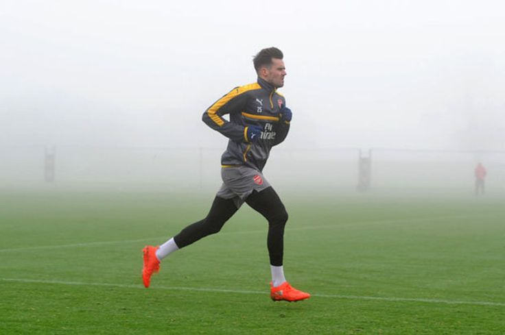 Arsenal Transfer News: Gunners receive five enquiries for Carl Jenkinson