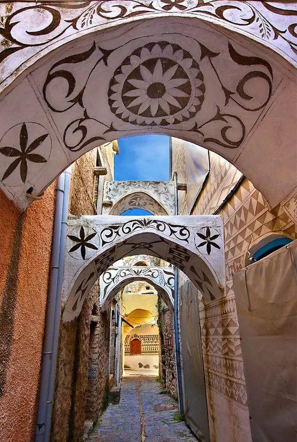 Village Mesta, un village médiéval surîleChios,Grèce. Tous les bâtiments de ce village ont ce genre d'architecture.