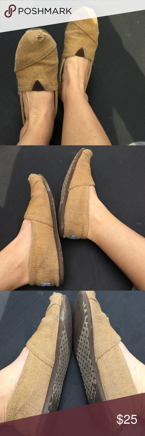 Very Worn Burlap TOMS. Size 7.5 Very , very worn burlap TOMS. Love these shoes. Does have holes at toe 😬 and very stretched out now. TOMS Shoes Sneakers
