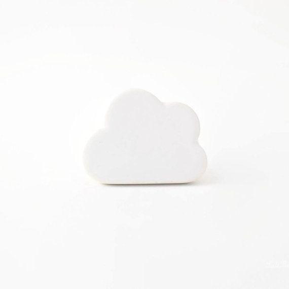 Witte wolk grillig knop