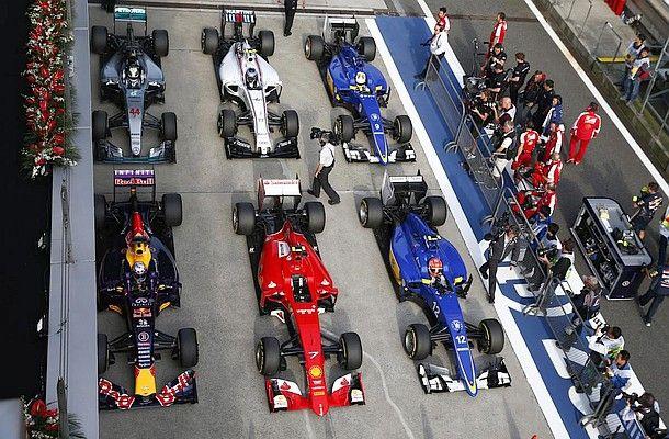Fotky z kvalifikace na GP Číny 2015.