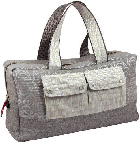 Sew a professional-looking travel bag in a weekend and travel with it  the next!  free pattern