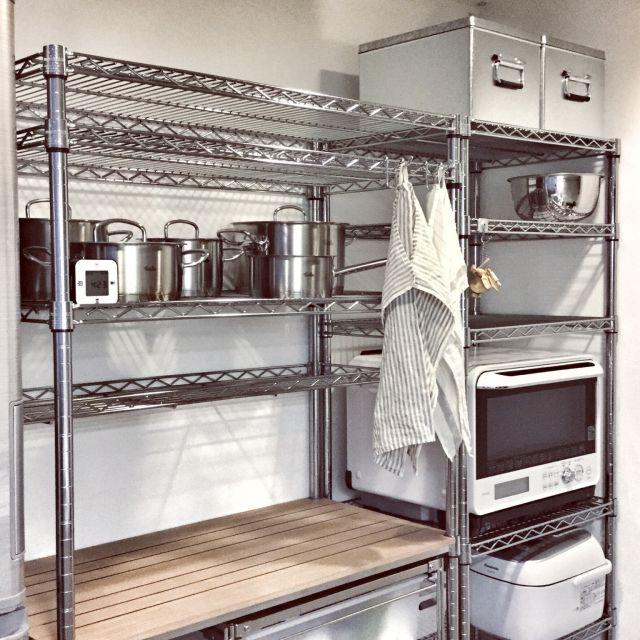 myumiponさんの、トタンボックス,トタンボックスが好き♡,スチールラックが好き♡,パーフェクトスペース,fissler,フィスラー,収納,メタルラック,メタルラック×無印良品,ステンレスユニットシェルフ,ルミナスラック,スチールラック,キッチン収納,無印良品,IKEA,キッチン,のお部屋写真