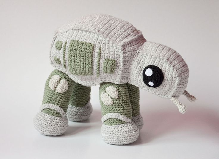 Polish artist Kamila Krawczyk, a.k.a Krawka has combined her love for Star Wars and crocheting and created a super adorable AT-AT walker. The best part? She is selling the pattern on ETSY so you could make it yourself.