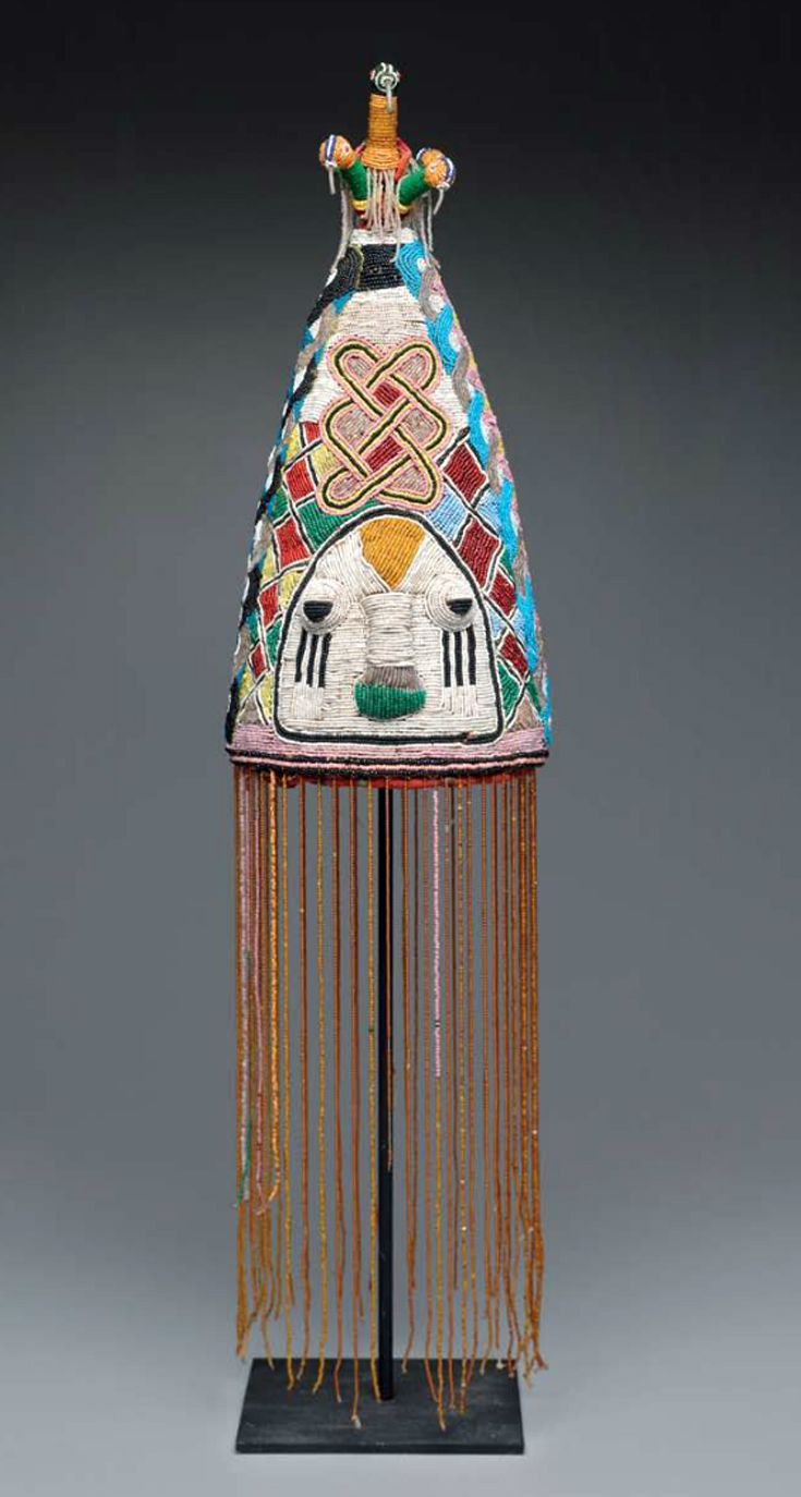 Africa | Royal crown (ade) from the Yoruba people of Nigeria | Late 19th to early 20th century | Glass beads, cloth, basketry and fiber