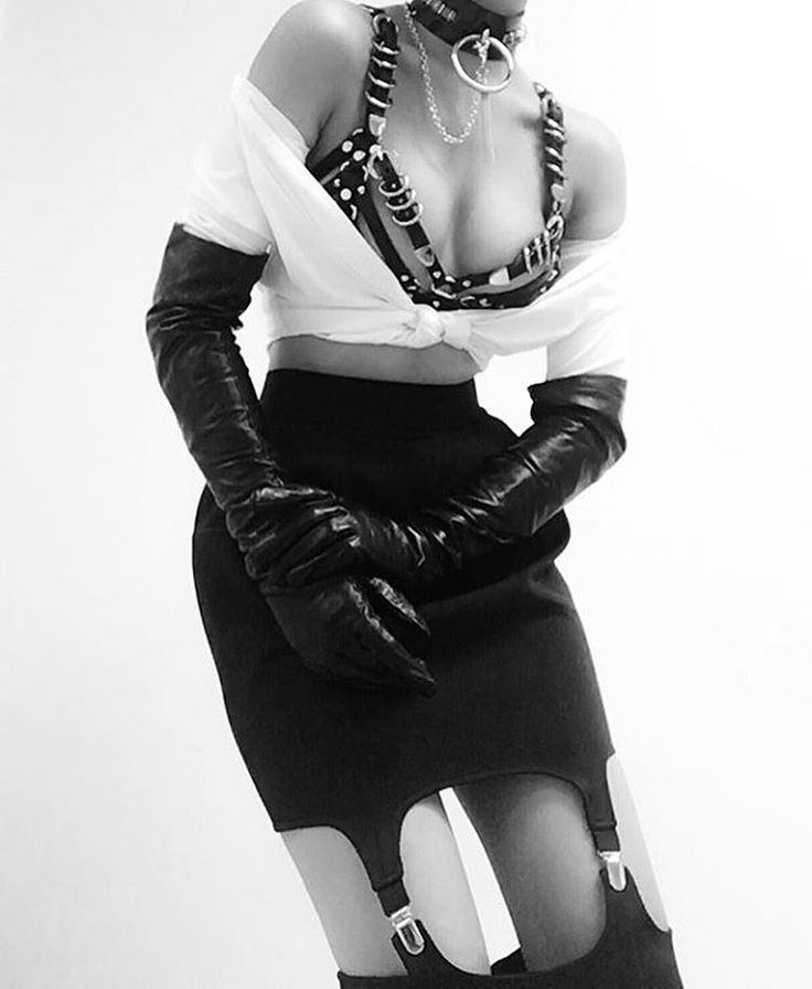 Monday got us craving for Temptation skirt. #murmurclothing #murmursignature