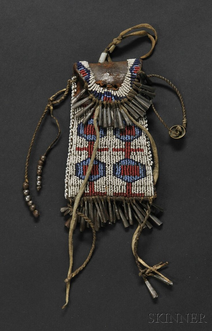17 best images about beaded strike a light bags for Cheyenne tribe arts and crafts