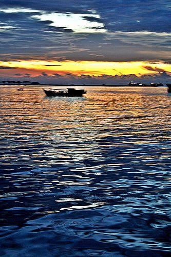 Sulawesi - Makassar - Sunset Boat Indonesia