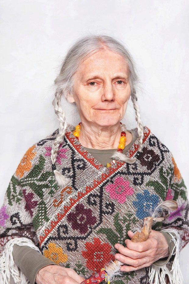 Fotógrafa revela como são as bruxas modernas da Polônia  O país é um dos mais católicos do mundo, mas os séculos de monoteísmo não mataram as crenças pagãs dos habitantes antigos - revista galileu