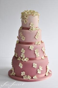 Sisi Siewert | Hochzeitstorte Vintage Marriage Hortensien Sugarcrafting