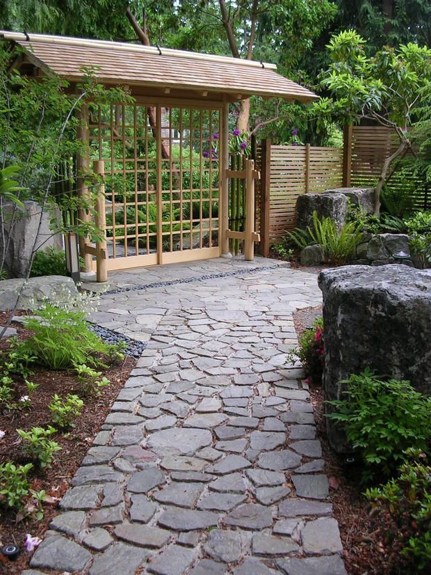 703 best images about stone path ideas on pinterest for Japanese garden path design
