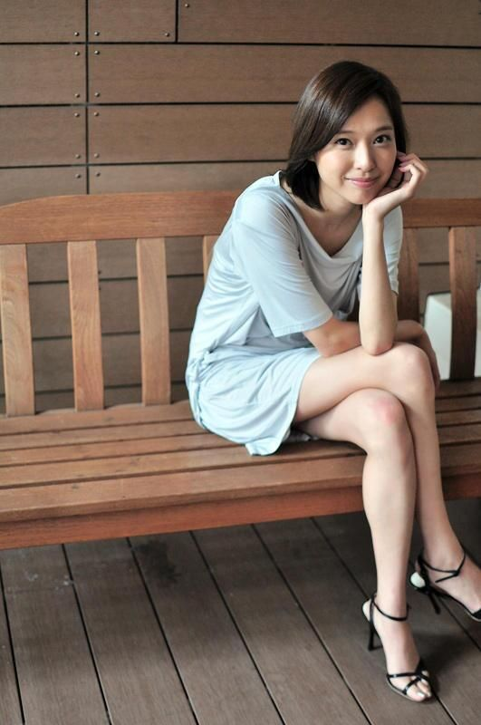Erika Toda 戸田 恵梨香
