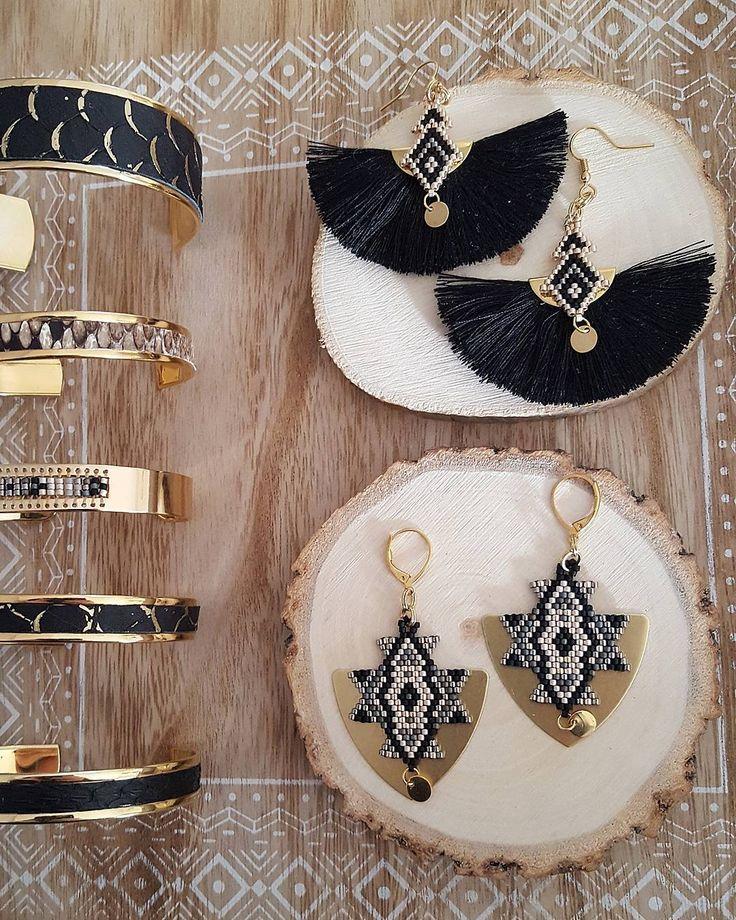 Sélection or / noir . Je trouve que c est la combinaison parfaite pour l'hiver #podane #bijouxdecreateur #bijoux #cuir#manchette #handmade #madebyme #madeinfrance #madewithlove #jenfiledesperlesetjassume #jewelry #diy #créatrice #creation #bouclesdoreille #brickstitch #peyote #miyukibeads #miyuki #perlesmiyuki #tissageperles #loom