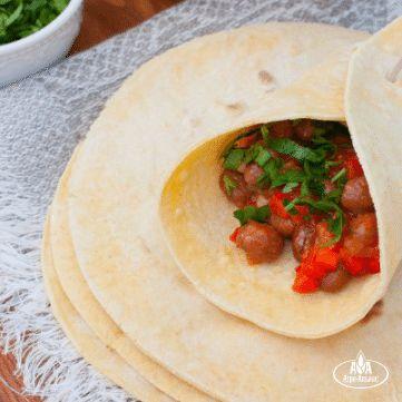 Мексиканские лепешки и буррито с фасолью