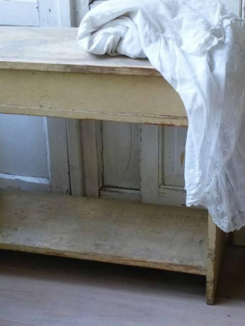 25 beste idee n over oude venster decor op pinterest oude kozijnen raamkozijn decor en - Meubels keukenraam ...