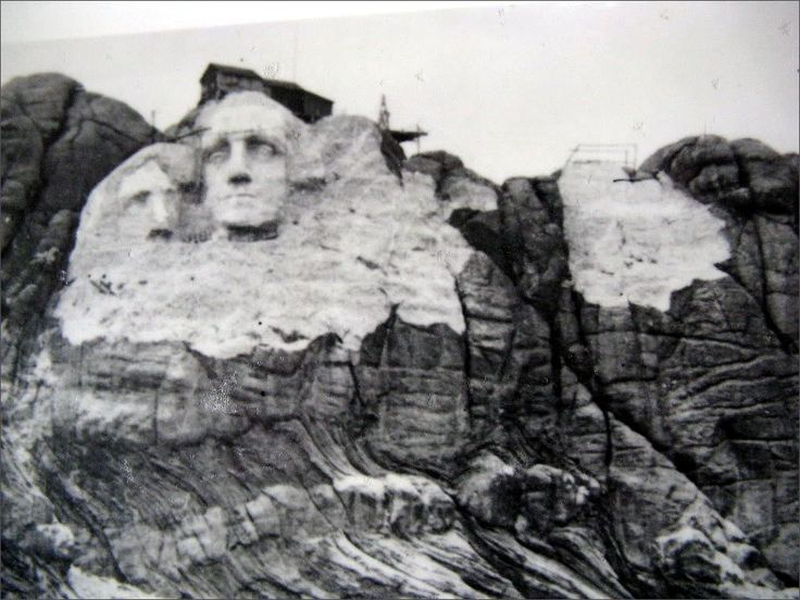 Mount rushmore before and after construction google for Mount rushmore history facts
