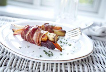 Bagte rodfrugter med bacon