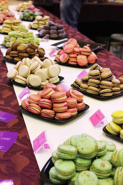 Macarons- I'm drooling! J ADORE ,,,,,DELICIEUX DE FRANCE,,,,,***