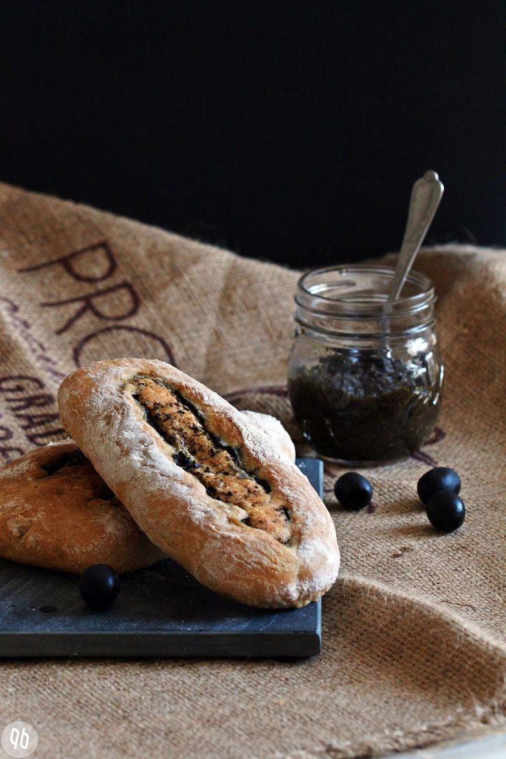 Herzhaftes Olivenbrot