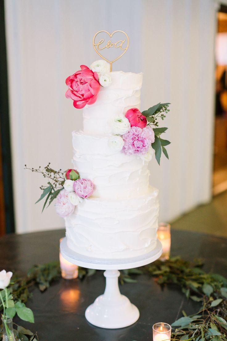 Photography: Koman Photography - komanphotography.com Floral Design: City Flowers - www.yelp.com/biz/city-flowers-los-angeles Wedding Cake: Sheila Mae - www.sheilamae.com   Read More on SMP: http://www.stylemepretty.com/2015/07/22/romantic-summer-wedding-at-calamigos-ranch/
