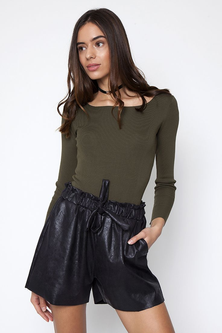 Tie Bow Leather look Shorts