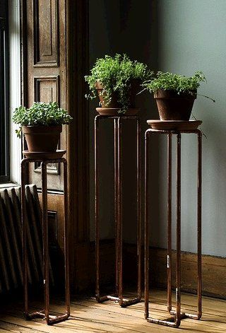 Copper pipe plant pedestals