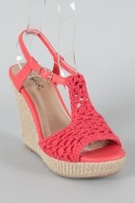 Crochet shoes love the color