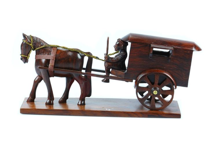 The miniature model horse cart takes us back to the old world charm. #wooden #miniature #handmade