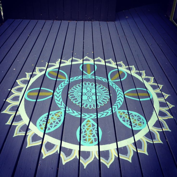 diy deck make over, painting, deck, diy, mandala, freestyle