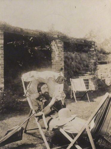 Lytton Strachey, 1915. (National Portrait Gallery)